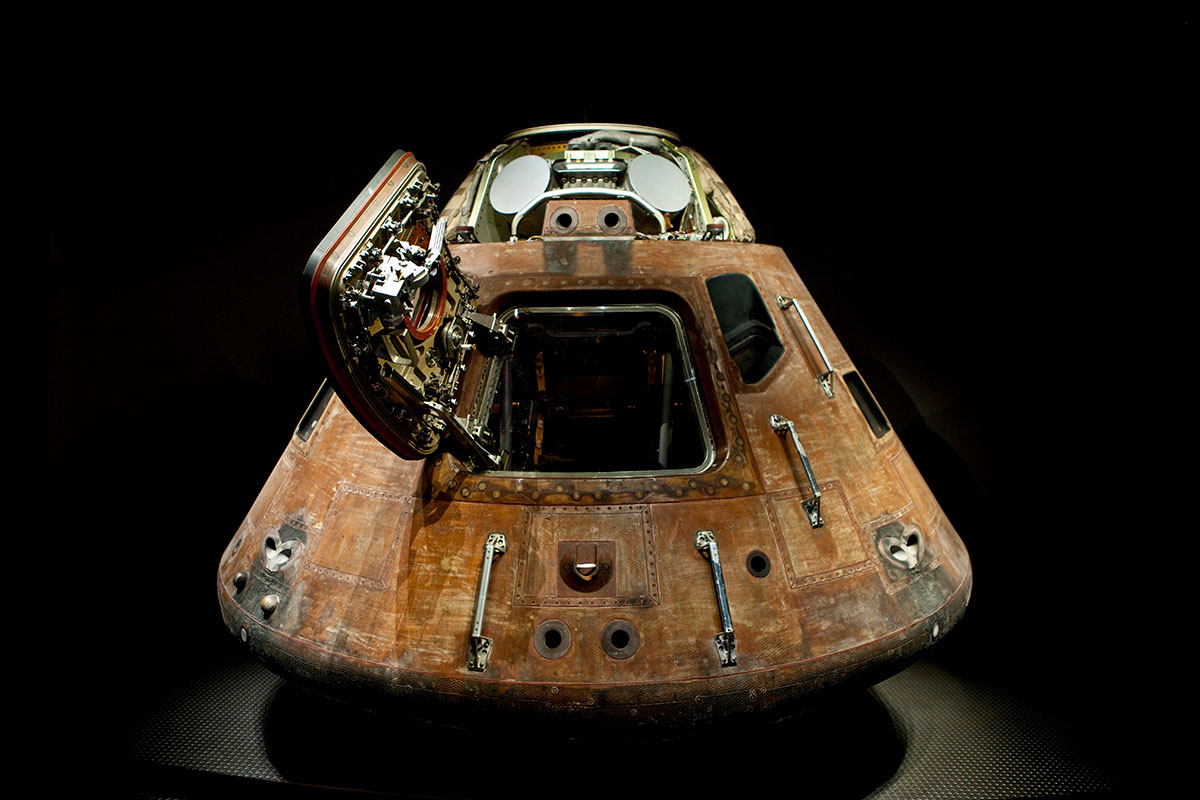 Apollo Capsule at the Apollo Treasures Gallery