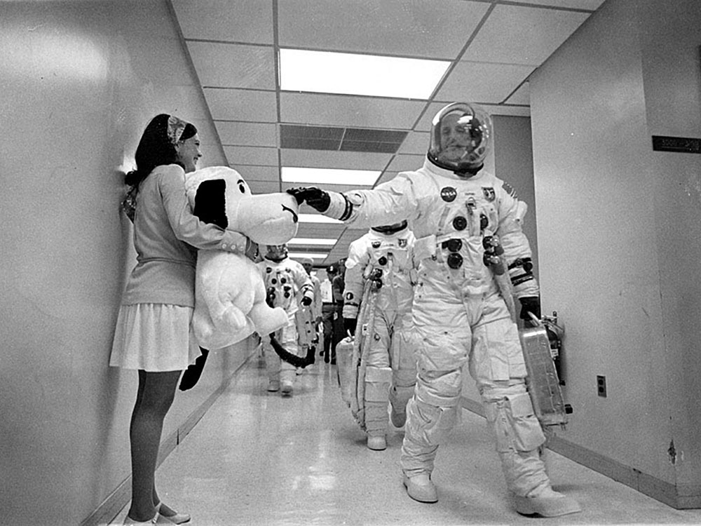 Apollo 10 Commander Tom Stafford waves good bye to Snoopy, the Apollo 10 mascot.