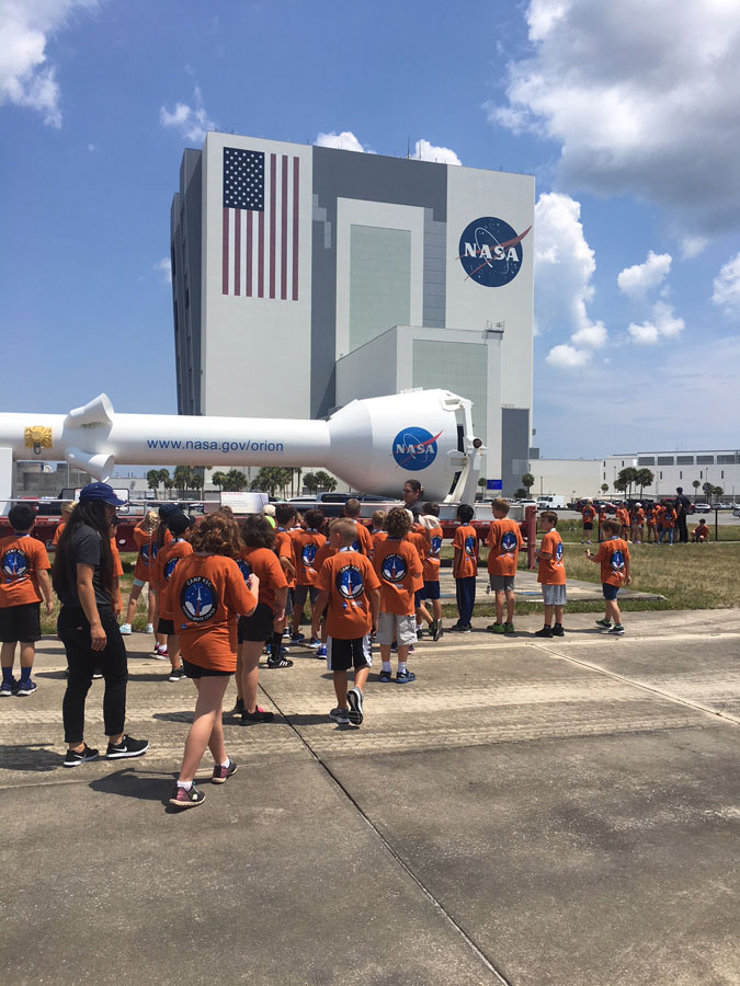 Camp KSC 2018 Team Spirit visits the Vehicle Assembly Building.