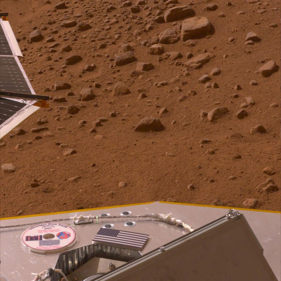 This mini-DVD from the Planetary Society displayed on Phoenix's deck contains a message to future Martian explorers, stories and art inspired by the Red Planet.