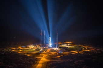 Night launch of the MUOS-4 on an Atlas V by ULA