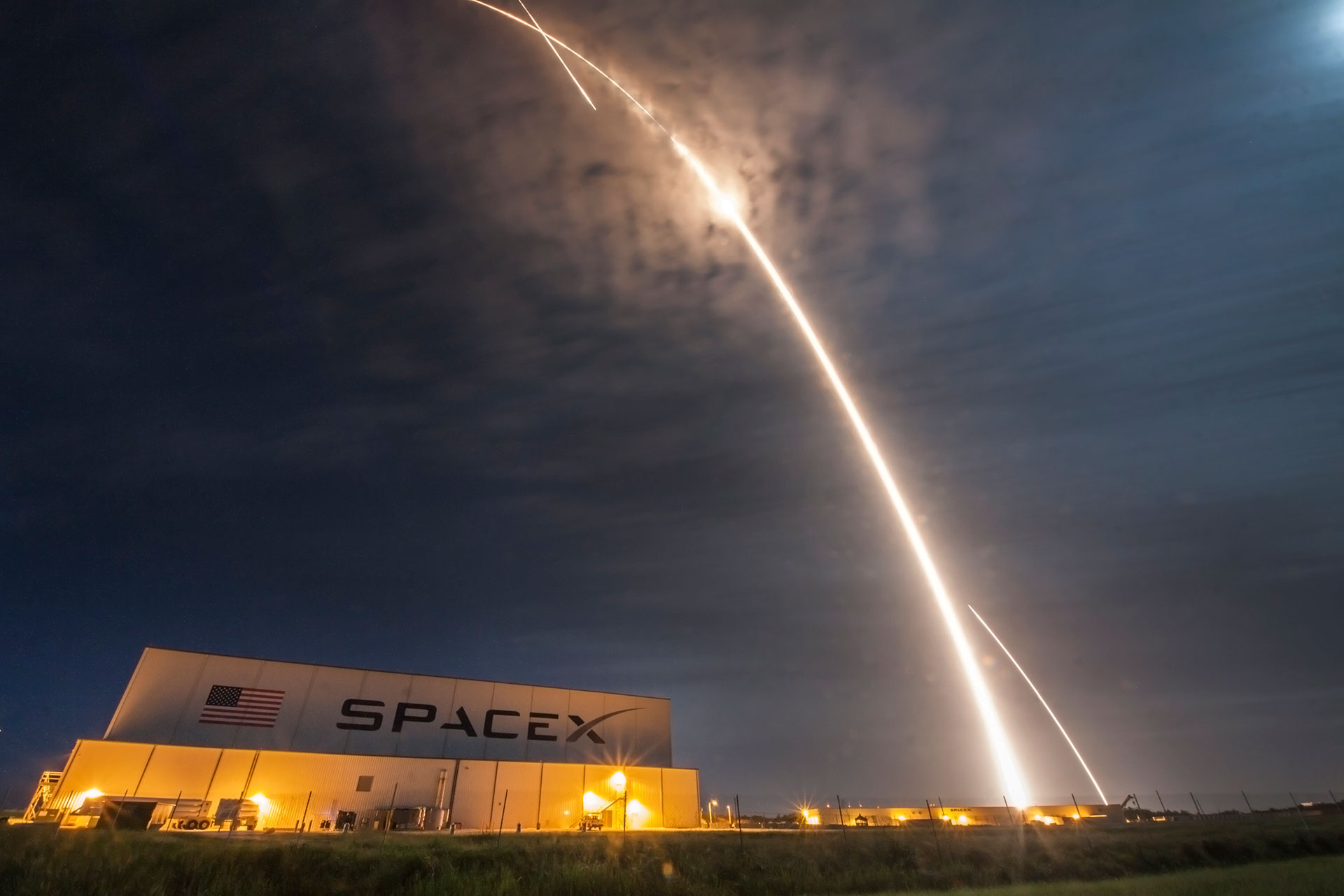 SpaceX CRS 9 rocket launch